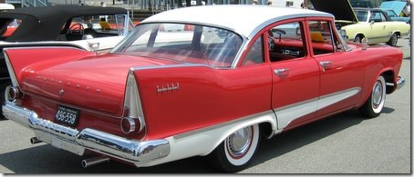 1958_Plymouth_Savoy_4-door_s
