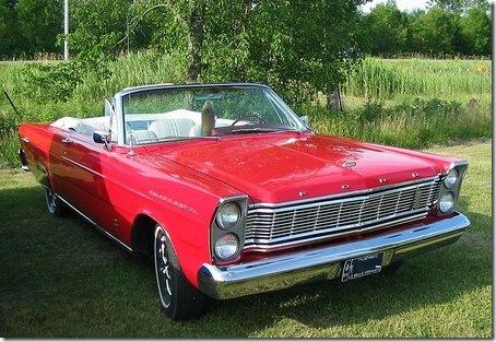 800px-'65_Ford_Galaxie_wikipeia
